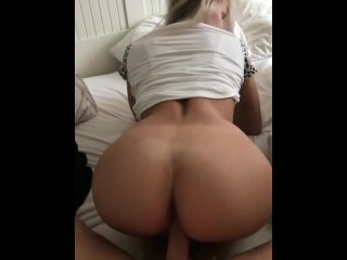 Pretty girl fuck vids