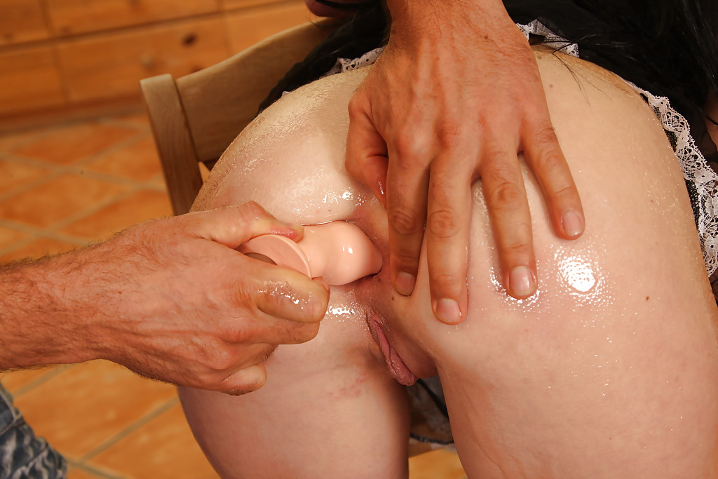 100 free anal pictures