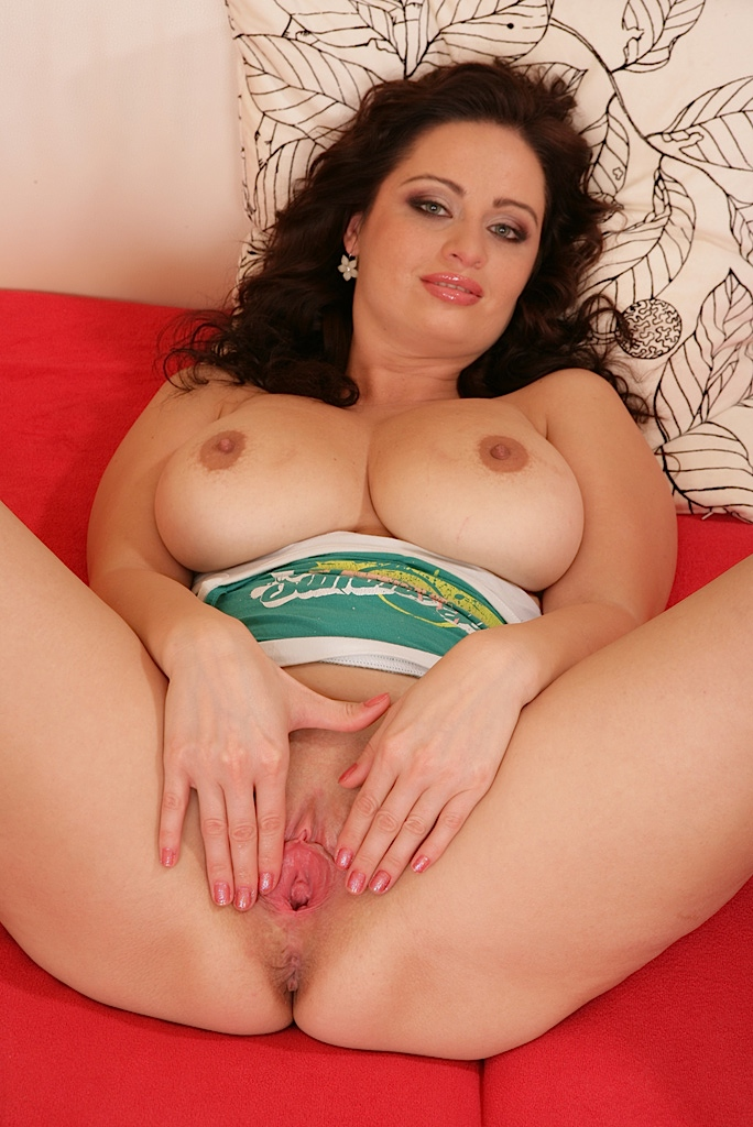 Nubile hot pussy ever