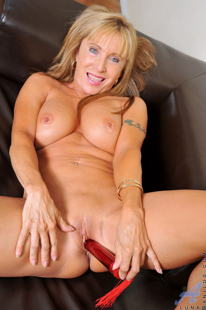 Free hot sexy dildo videos online